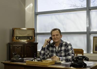 CEO Jukka-Pekka Kumpulainen in his office